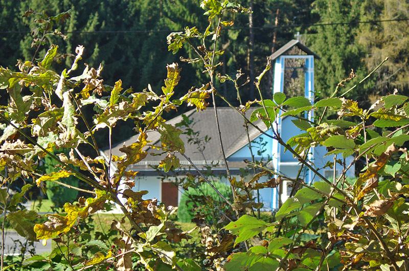 """Filialkirche """"zum Heiligen Kreuz"""" mit Friedhof"""